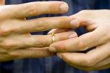 Şahitlerin huzurunda yapılmayan boşamalar geçerli midir? Kinayeli sözlerle boşama olur mu?